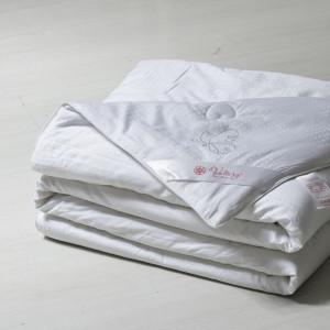 Одеяло шелк VALTERY