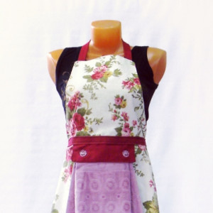 Фартук с полотенцем (цветы бордо)